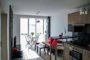 apartment-2094701 640